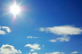 bright_sun_with_clouds