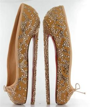 christian-louboutin-8-inch-ballerina-heels-auctioned-off-for-english-national-ballet_large