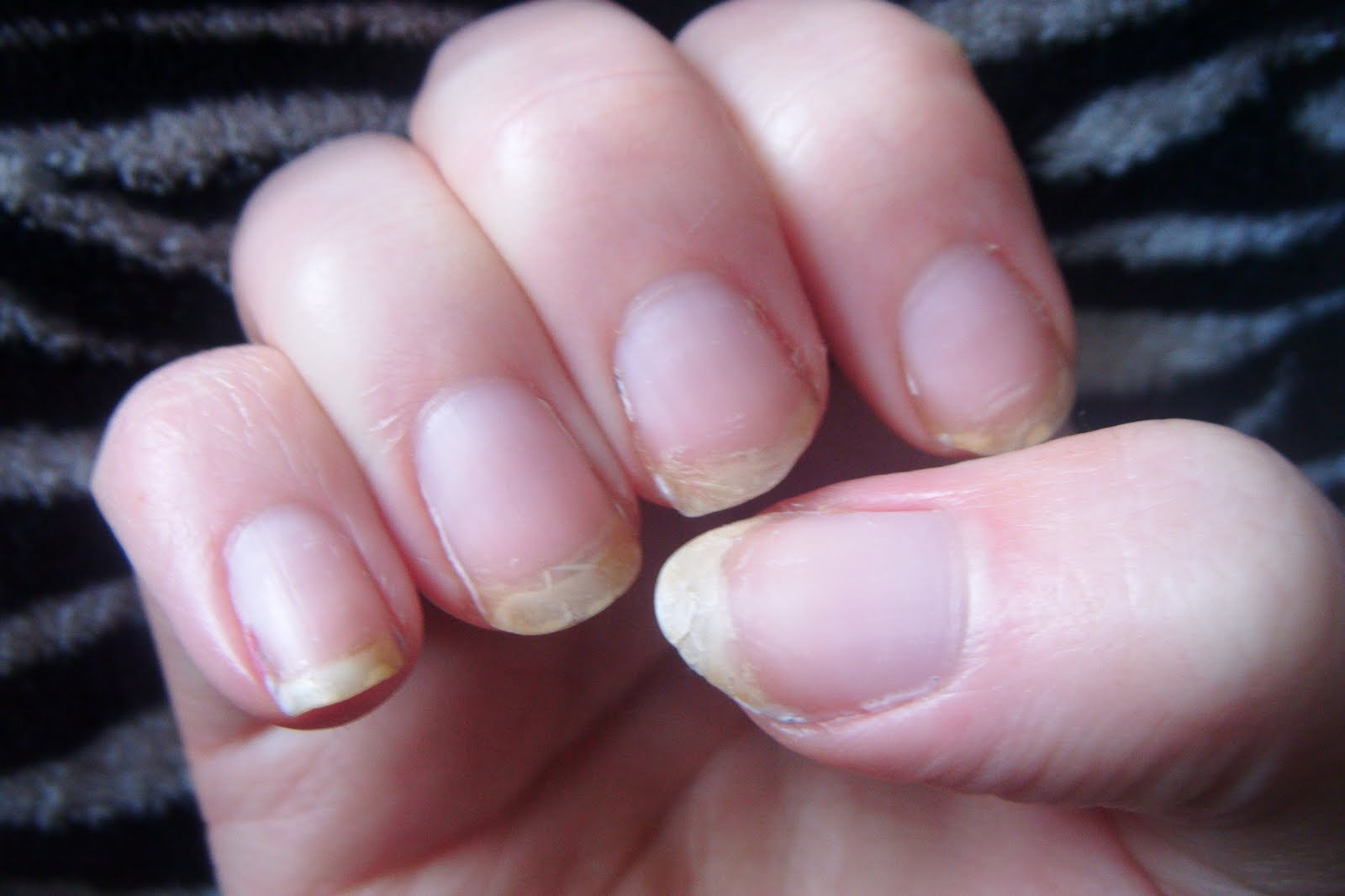 How to get gel nails even