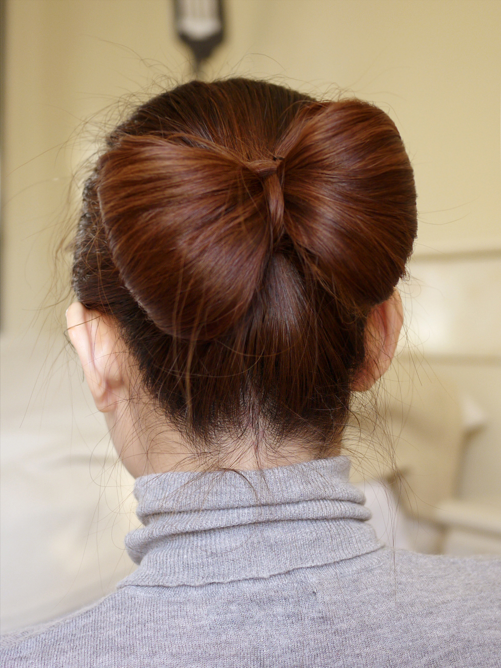 How to hair bow hairstyle the fashion foot a bow did not have a creative bone in their bodies you can do it with your hair and i have 6 steps to teach you how to do it keep reading urmus Choice Image