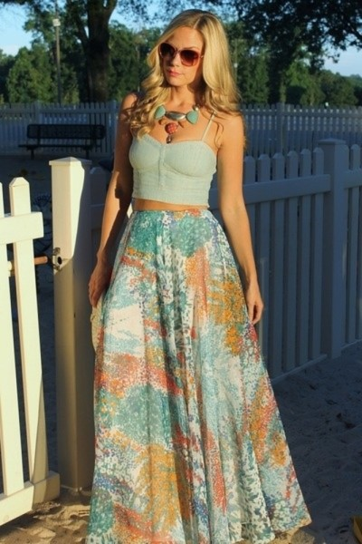 Crop Tops with High-Waisted Skirts   The Fashion Foot