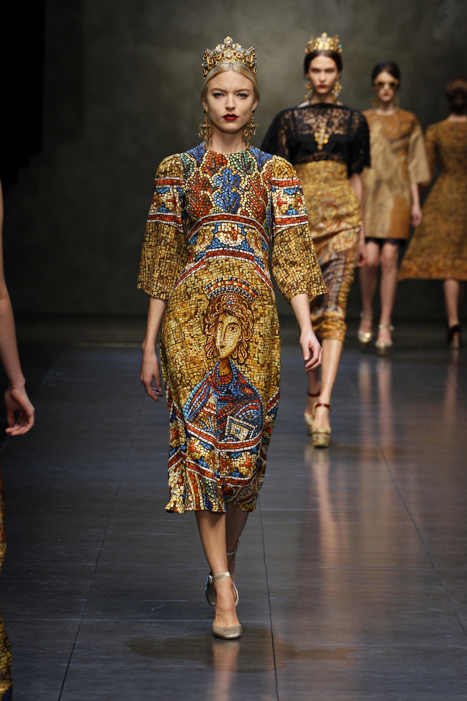 2014 Fashion Trends For Teens 2014 2015: Dolce And Gabbana Fall/Winter 2013/2014: Religion And