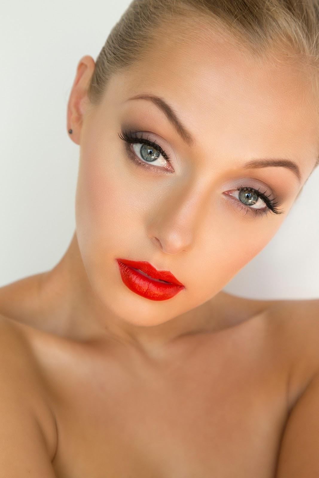 Trend Alert: Red-Orange Lipstick