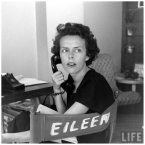 eileen-ford-model-agengy-and-telephone-1948-photo-nina-leen-life