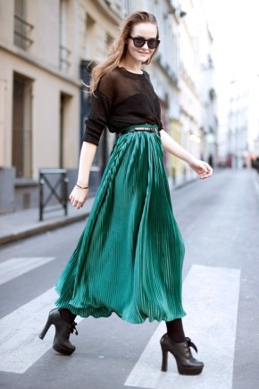 Emerald-pleated-sheer-maxi-dress-New-Fashion-Design-of-Pleats-Womens-Trend-For-Season-of-2011-e1304103896779