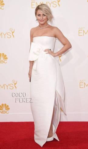 emmy-awards-emmys-2014-julianne-hough-red-carpet__oPt