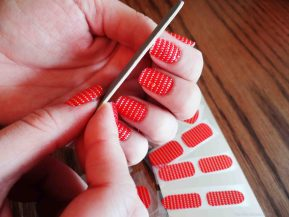 essie-nail-stickers-so-haute-haute-fashion-and-lifestyle-blog-victoria-simpson-41