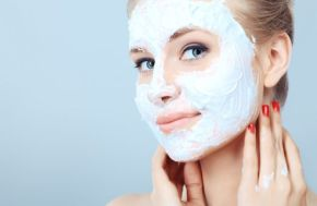 homemadefacemasksrecipesfordifferentskintypes-featured (1)
