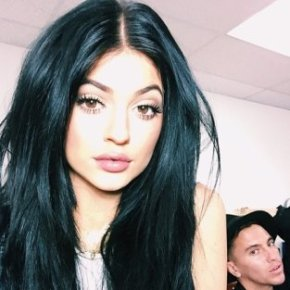 xkylie-jenner-long-hair.png.pagespeed.ic.36rWtazp93VV2LQol_st