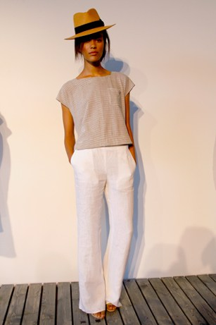 White Pant Season: A Look at Some Outfits to Wear After Memorial ...