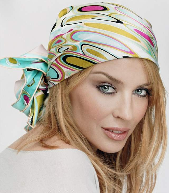 How to tie a headscarf 70s style dresses